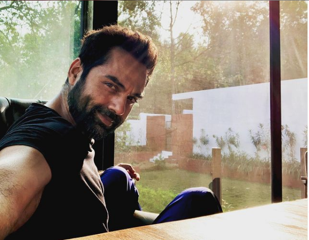 ABHAY-DEOL-WILL-BE-A-TEENAGERS-FATHER-IN-DISNEYS-NEW-MOVIE-SPIN