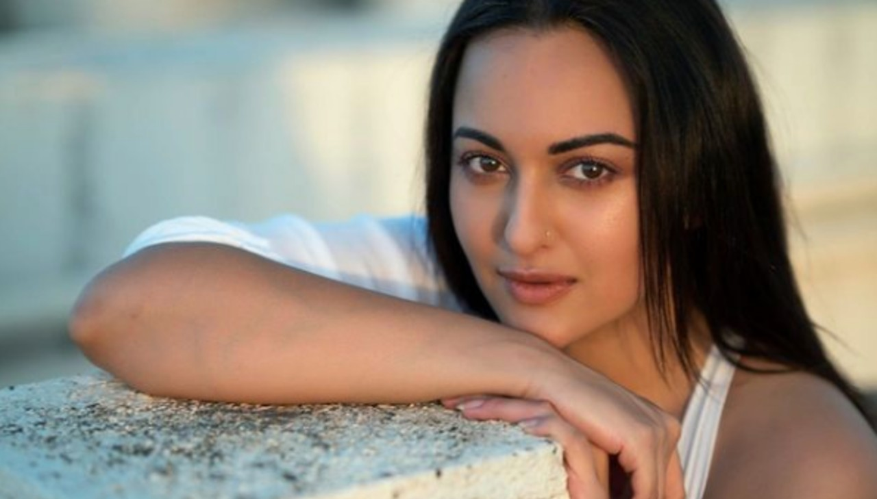 Sonakshi Sinha once threatened to drop out of school because of her father