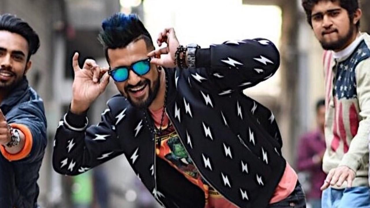 vicky-kaushal-shades