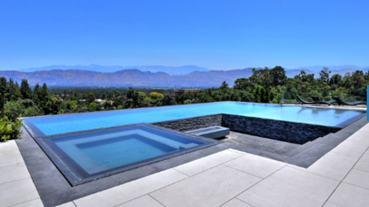 A-DIP-IN-THE-CELEBRITY-POOLS