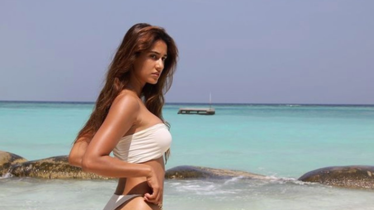 SUMMER-IS-HERE-AND-SO-ARE-THE-BOLLYWOOD-ACTRESSES-SWIMWEAR